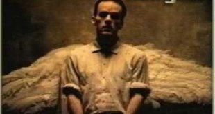 R.E.M. — Losing My Religion (Теряя веру) с субтитрами
